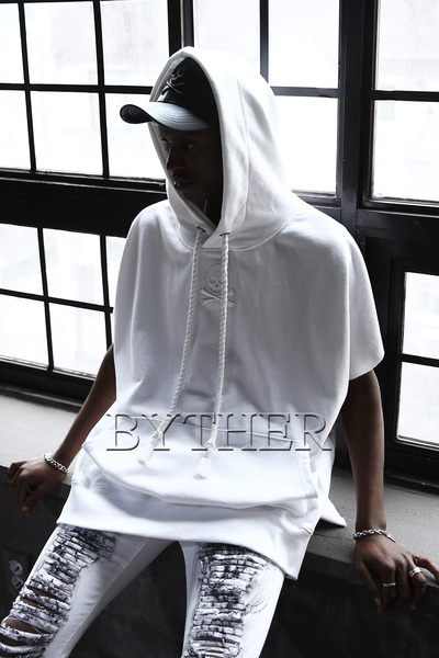ByTheR Skull Embroidery Sleeveless Hoodie