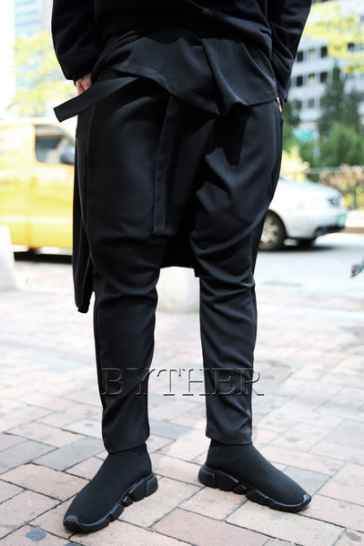 ByTheR Waist Covering Baggy Pants